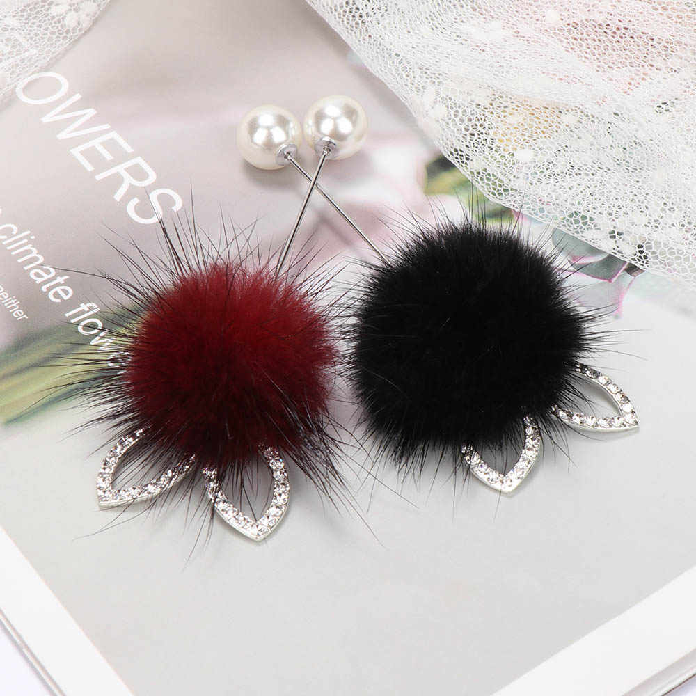 NEW cute Rabbit ears real Mink hair fur ball Brooch Pins For Women Korean Fur pompom Piercing Lapel Brooches Collar Jewelry Gift