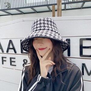 Image 5 - USPOP אביב סתיו כובעי נשים שחור לבן משובץ כובעי נקבה טוויד משובץ דלי כובעים