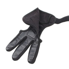 1pc Anti-slip Wearproof 3 Finger Bow Soft Protective Archery Glove Genuine Leather Thickened Accessory Gear Tab Guard Safety(China)