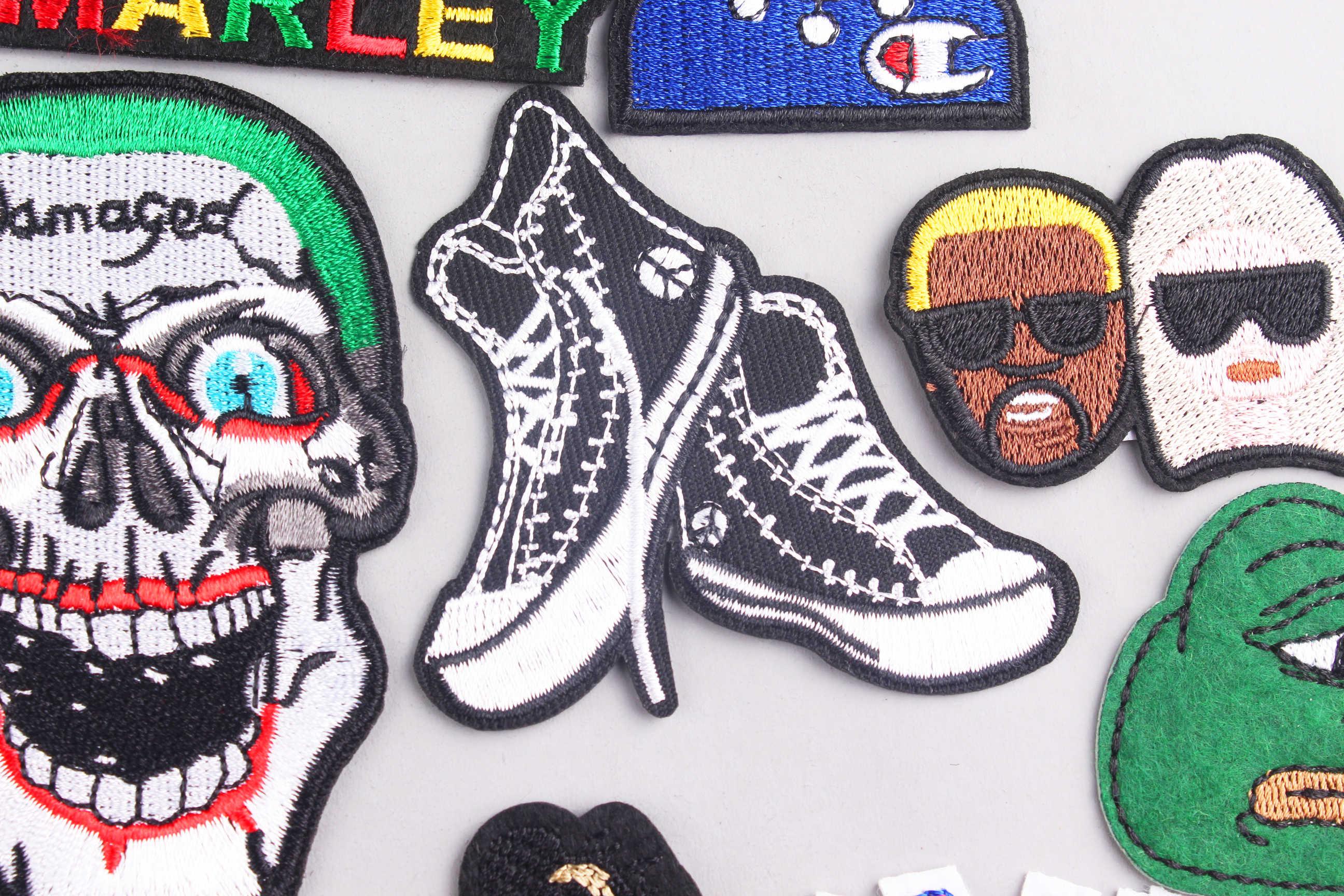 Punk Del Cranio di Ferro Toppe E Stemmi Per Abbigliamento Roccia Hippie Messicano Del Cuore Del Ricamo Patch Decal Sew On Strisce Tshirt Sticker Sui Vestiti