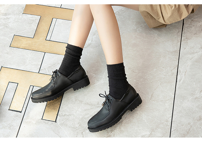 2020 British Style Soft Leather Women Flats Oxfords Black White Flat Oxford Shoes For Woman Round Toe Student Brogue Shoes (9)