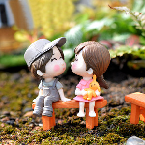 1 Set Cute Lovers Chair Miniature Landscape DIY Ornament Garden Dollhouse Decor Lovers dolls benches couples Ornament hot A30730(China)