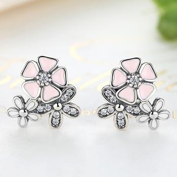 Daisy Flower Stud With Dazzling Crystal Earrings Earrings 8703dcb1fe25ce56b571b2: YE2239|YE2242 Pink|YE2242 White|YE3134|YE3150