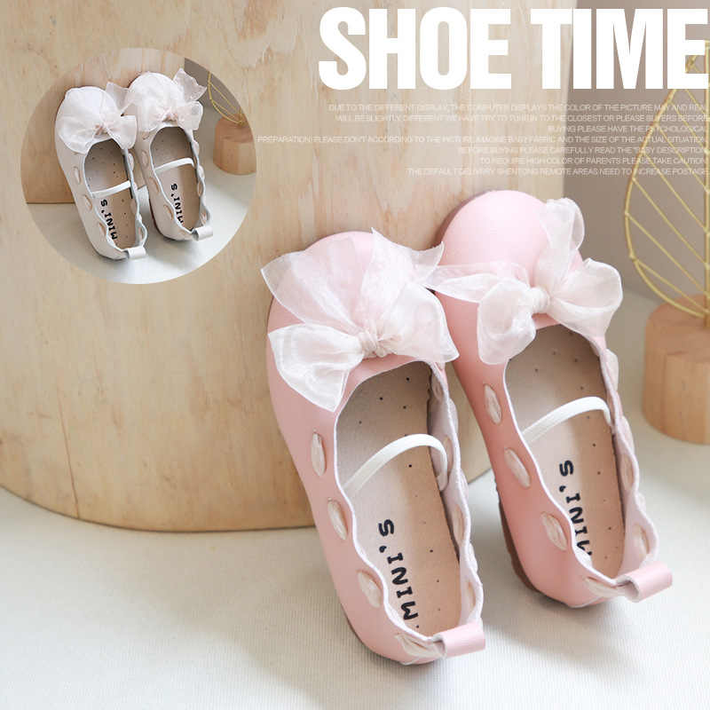 Zapatos de cuero para niños, zapatos de princesa para niñas, 2020, nuevos zapatos de bebé salvajes con cinta de lazo, antideslizantes, suaves, gorros, zapatillas para niños