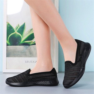 Image 4 - 2020 new spring and summer flying weaving leisure set of flat flat fashion mother shoes a pedal lazy womens shoes