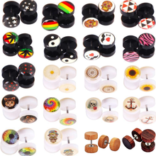 1Pair Steel Skull Cheater Plugs Fake Tunnels Ear Gauges Cat Punk Faux Percing Oreille Acrylic Falso Piercing Oreja Dilataciones(China)