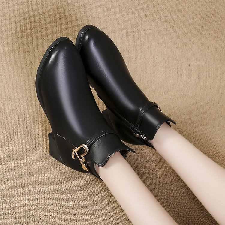 Yeni siyah şarap kırmızı Pu deri orta topuk ayak bileği toka yarım çizmeler kadınlar için kış sıcak tutmak kısa patik bayanlar için