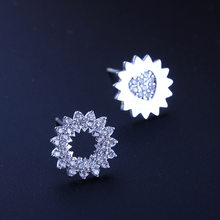 New Design Asymmetry 925 Sterling Silver Cubic Zirconia Stud Earrings for Party Accessory Prevent allergy Small Flower Earring(China)