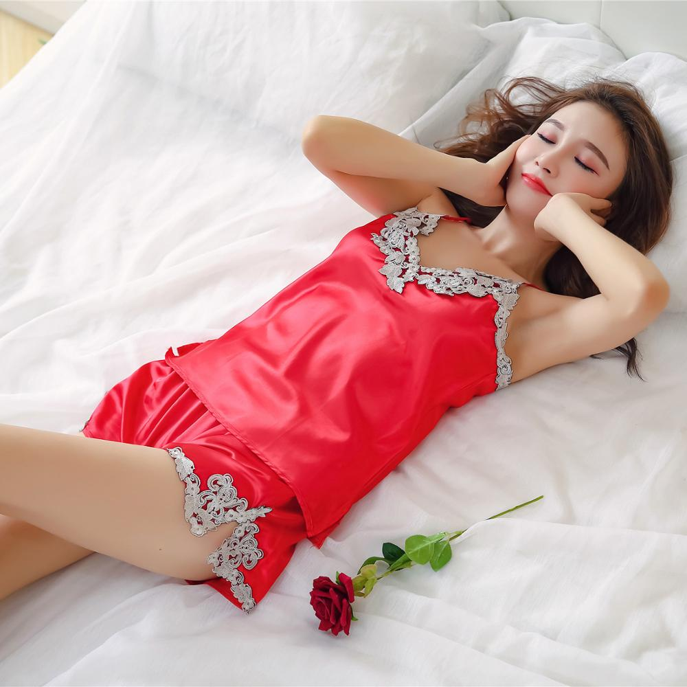 New Fashionable Pajamas For Women Lace Silk Girl's Sexy Pyjamas Summer Comfortable Sleepwear Short Pants Two Pieces