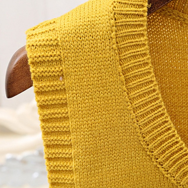 Solid Color Knit Vest Autumn Fashion Simple Women Sweater O Neck Sleeveless Short Pullover Sweater Vest Wavy Edge Warm Tank Tops 8