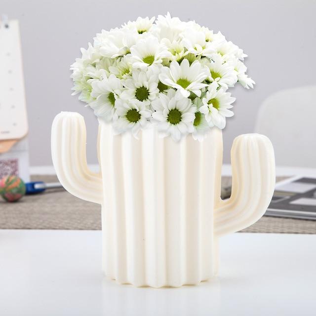 Plastic Vase Home Decoration European Anti-ceramic Cactus Wedding Decoration Unbreakable Creative Pen Holder Storage Box 3