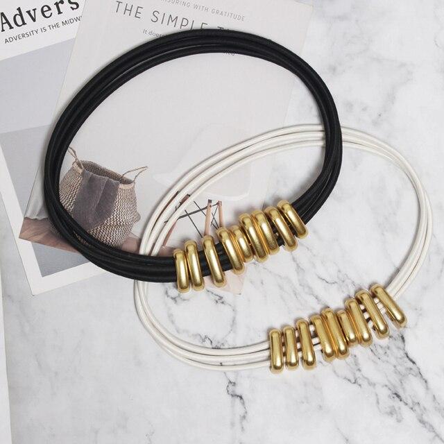 [EAM] blanc noir bande métal fendu Joint longue ceinture élastique personnalité femmes nouvelle mode marée tout match printemps 2020 1R114