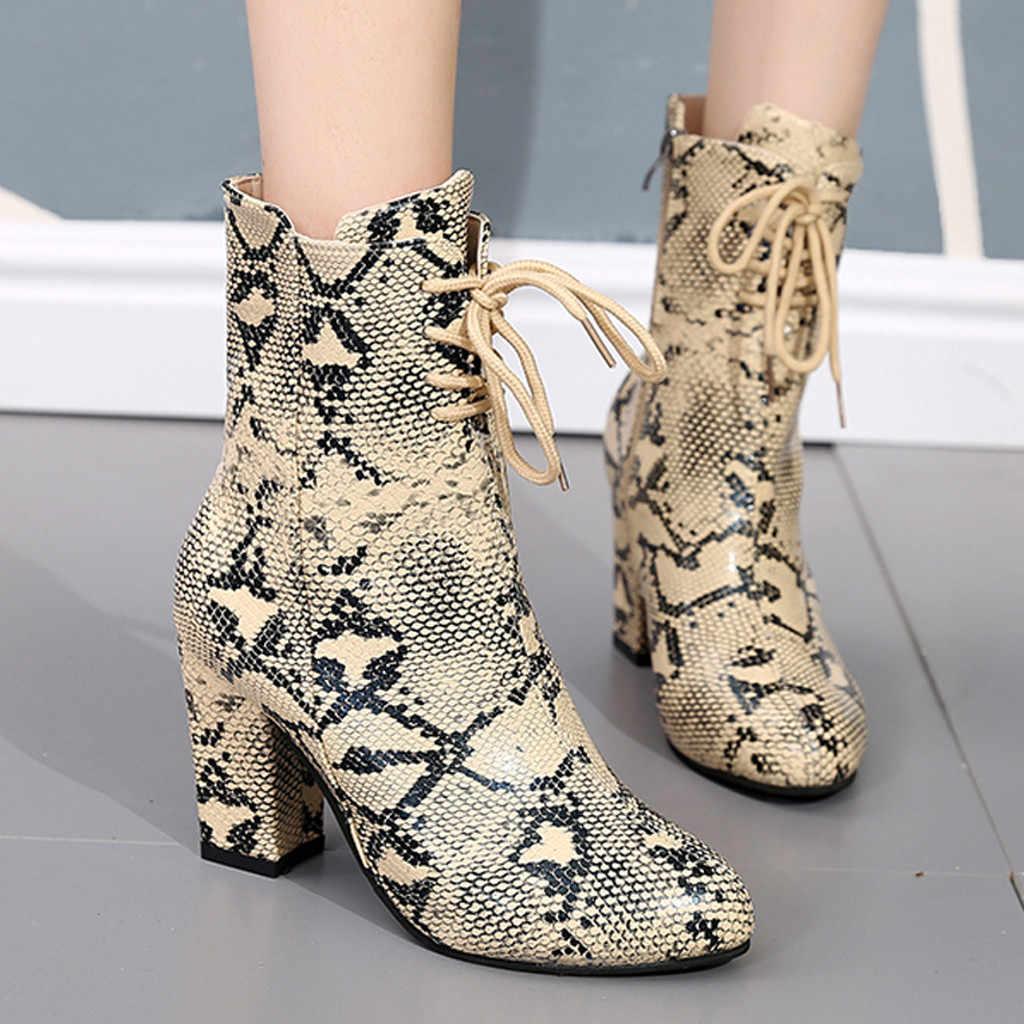 Kadın yarım çizmeler Vintage yılan baskılı kalın topuklu çizmeler deri patik kadın sivri burun platformu çizme Zapatos De Mujer 2020
