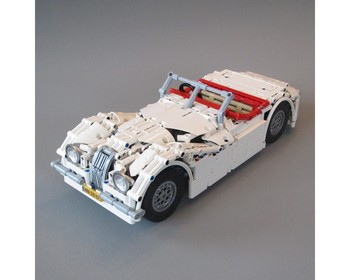 MOC 10690 Classic Jaguar Roadster by Martijnnab with 1286 pieces