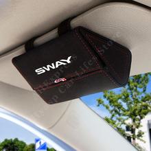 Osłona przeciwsłoneczna samochodu dla Nissan Sentra osłona przeciwsłoneczna samochodu włącz futro skórzane akcesoria samochodowe tanie i dobre opinie CN (pochodzenie) 16 5cm półki 0 2kg protect your sun glass X5-108 pu Leather Sunglasses Storage Box White Red