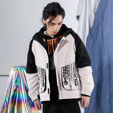 купить 2019 Autumn Men's New Casual Contrast Color Letter Print Pocket Decorative Zipper Jacket Loose Temperament Trend Cotton дешево