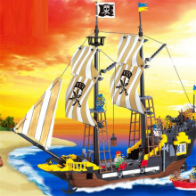 307Black Pearl Enlighten 590Pcs Pirates Ship Of T he Caribbean Educational Bricks Building Blocks Toys Gift Compatible Brinquedo