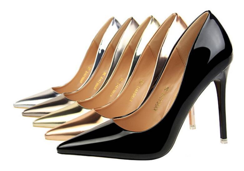 2020 nouveau printemps automne fétiche talons hauts fine bouche peu profonde or argent miroir pointu chaussures solennelles sexy mode pompes femme 95
