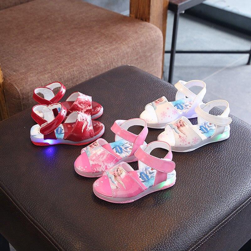 2020 Summer Children LED Light Sandals Girls Cartoon Beach Shoes Princess Hollow Breathable Luminous Shoes