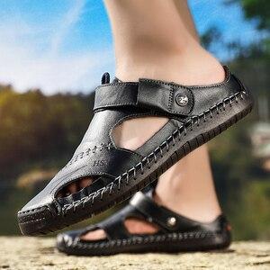 Image 4 - חדש גברים עור סנדלי קיץ זכר נעלי חוף סנדלי איש אופנה נוח חיצוני מקרית סניקרס קלאסי גברים נעלי Size48