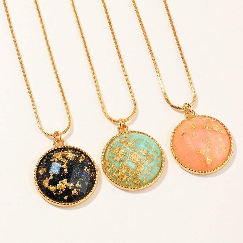Simple Girls Necklaces Female New Fashion Long Gold Foil Round Pendant Retro Colorful Alloy Necklace Jewelry For Womens Party