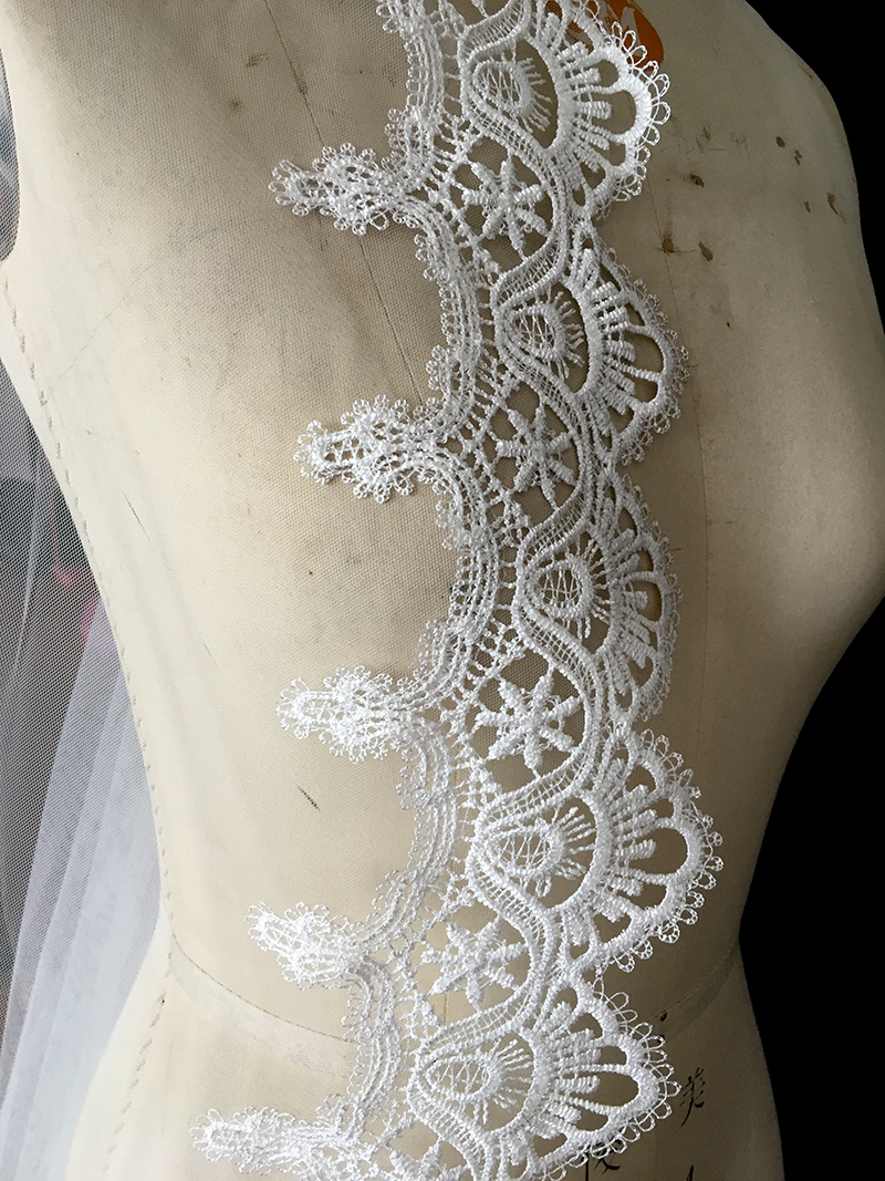 Купить с кэшбэком Cathedra Long Bridal Veils 2019 New Bride Wedding Veil Lace Appliques Bridal Veil 3 Meters One Layer Wedding Accessories