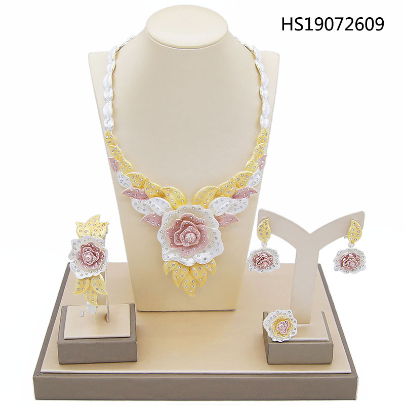 Yulaili New Dubai Jewelry Sets Austria Crystal Tri color Big Flower Pendant Necklace Earrings Nigeria Wedding African Bijoux in Jewelry Sets from Jewelry Accessories