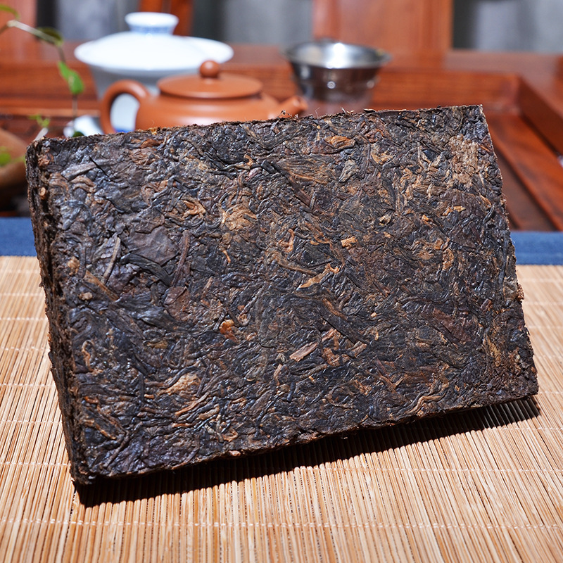 China Yunnan Oldest Raw Pu'er Tea 250g Column Iceland Ancient Tree Detoxification Beauty Green Food For Health Care 1
