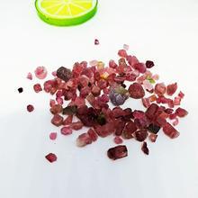 Природный красный турмалин кварцевый кристалл свобода образцы оптом с танком камень