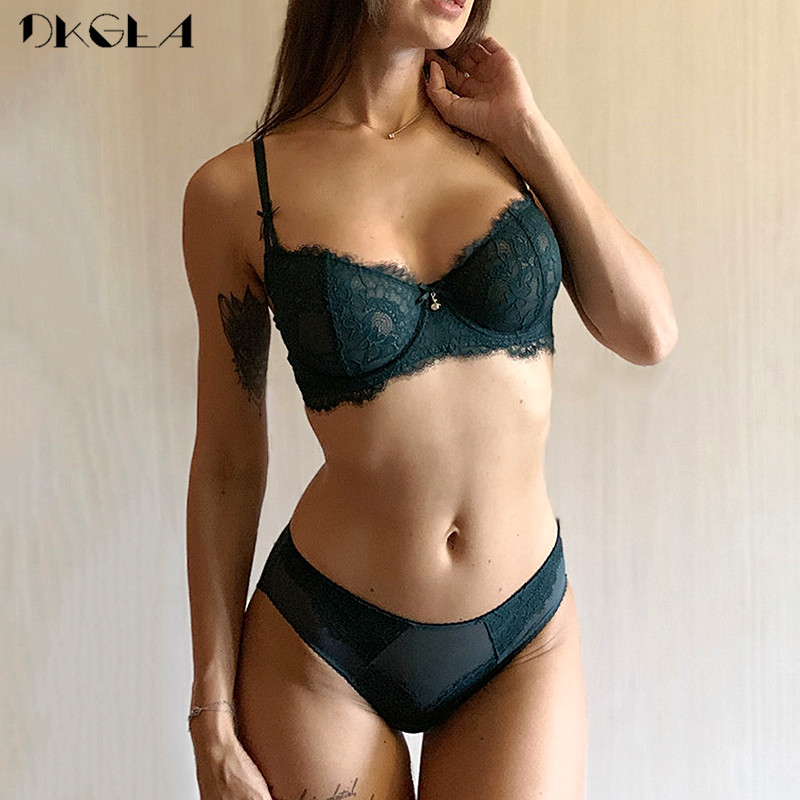 New Ultrathin Underwear Set Women Bras Plus Size D E Cup Embroidery Sexy Bra Set Transparent Green Eyelash Lace Lingerie Set