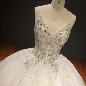 Image 4 - Белое блестящее свадебное платье без рукавов с накидкой, высококачественные Соблазнительные Свадебные платья со стразами и бисером, HA2272, изготовление на заказ