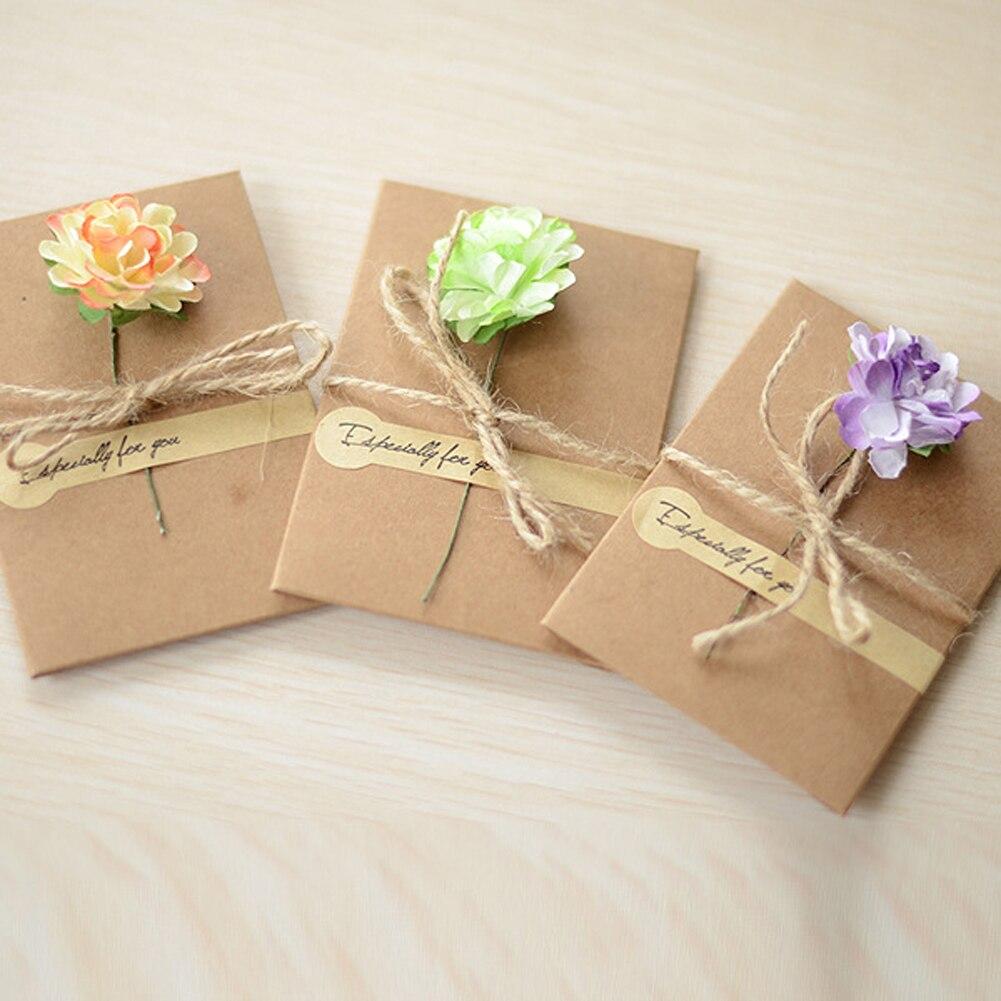 1pc  DIY Kraft Paper Handmade Dry Flower Invitation Greeting Card With Envelope Christmas Wedding Favors ( Random Pattern )