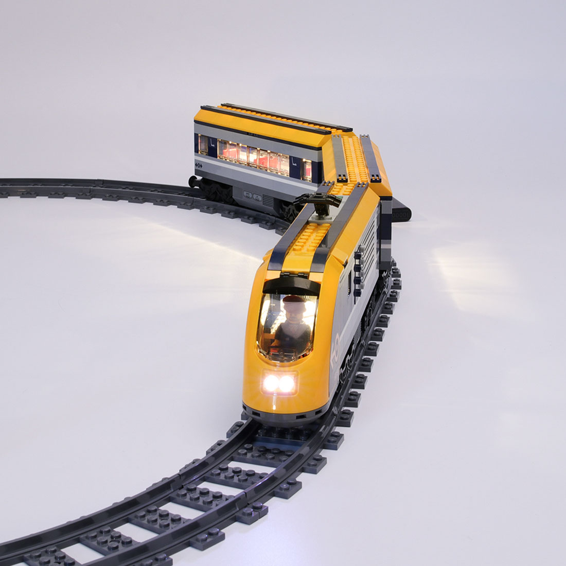 Small Particles Toy LED Building Block USB Light Accessory Kit For City Passenger Train <font><b>60197</b></font>(LED Included Only,No Block Kit) image