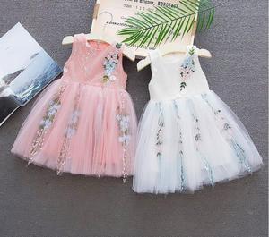 Летние свадебные платья для маленьких девочек, модное милое кружевное праздничное платье принцессы для новорожденных, одежда для маленьких девочек на день рождения