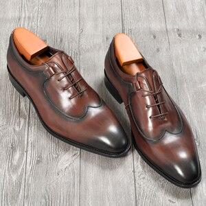 Image 3 - Mens Oxford elbise deri ayakkabı kahve rengi İtalyan tarzı yenilik ofis resmi rahat kap ayak ayakkabı özel dantel Up