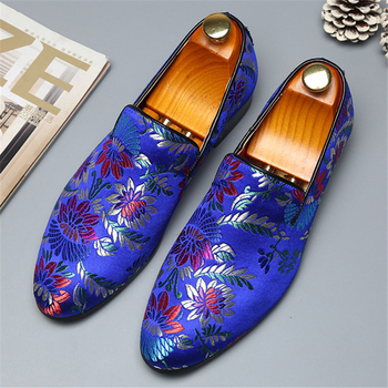 2019 New Exquisite Embroidery Leather Shoes Men Handmade Colorful Business Dress Shoes Elegant Man Fashion Casual Flats