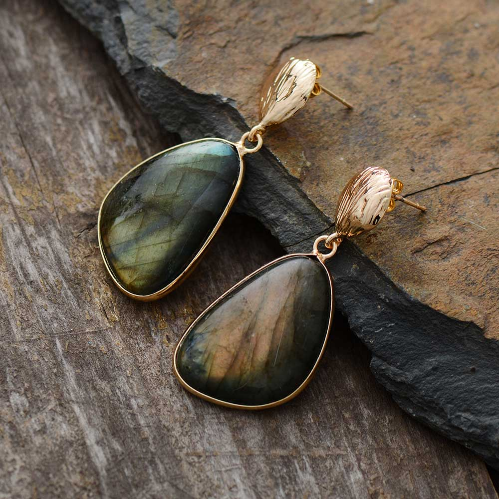 Elegant drops of labradorite gemstones Earring