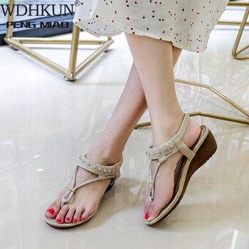 Zapatos de verano para mujer nuevos zapatos planos de diamantes de imitación Clip tipo T zapatos romanos Sandalias planas bajas Sandalias de plástico para mujer playa