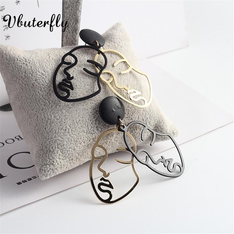 Gold-plated Moon Crescent Dangle Earrings Man in the Moon Celestial Jewellery for Women Human Face Outline Earrings KLA70D7-3