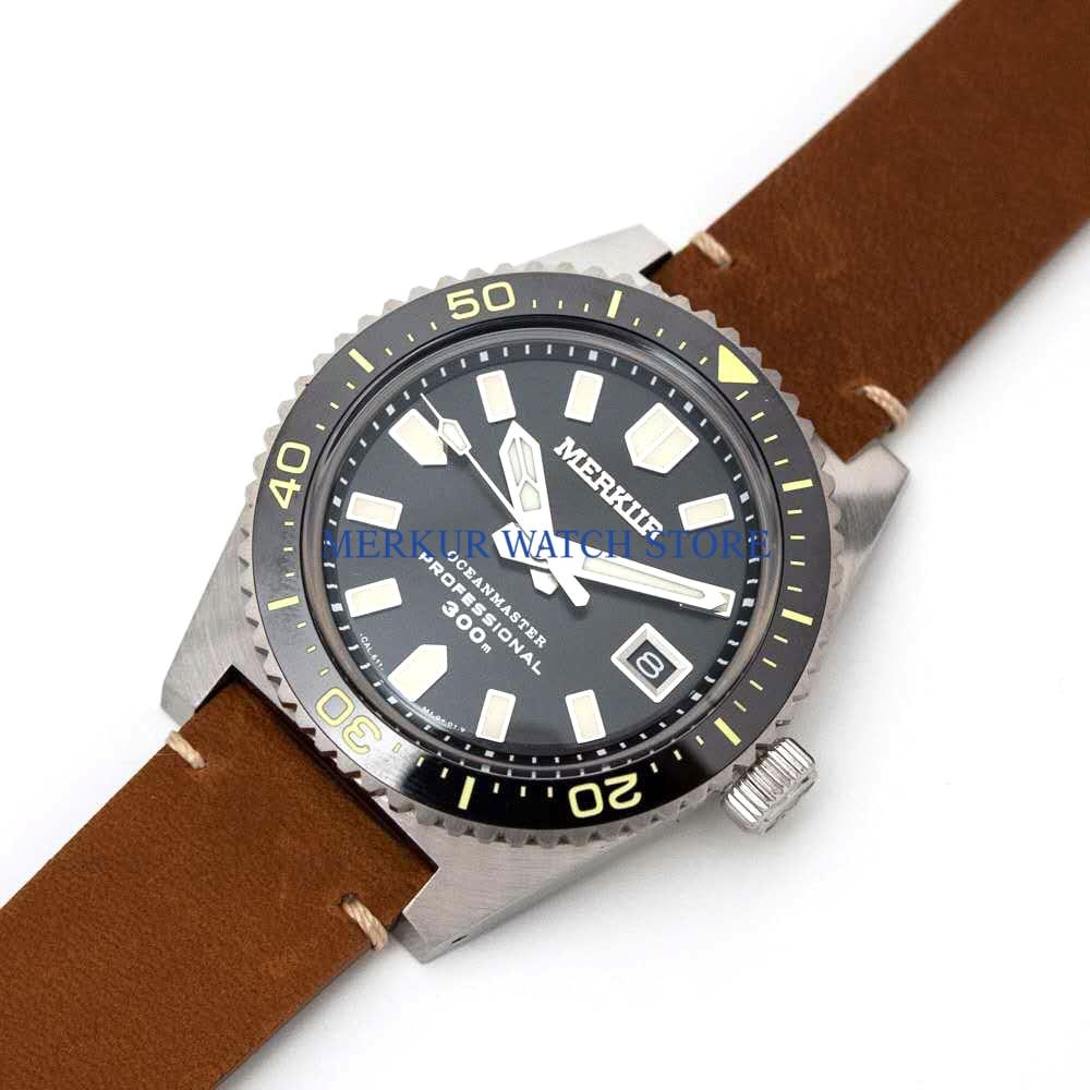 AD30 Black  MERKUR Vintage 62MAS Automatic Watch Mens Diver Watch Sapphire Ceramic 300M TURTLE TUNA CAN DIVER Military Sport