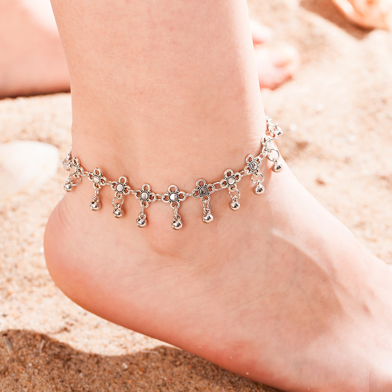 New personality Carved Hollow Water Drop Tassel Anklet with Bell Women Fashion Jewelry Sandals Bridal Shoes Barefoot Beach Gift