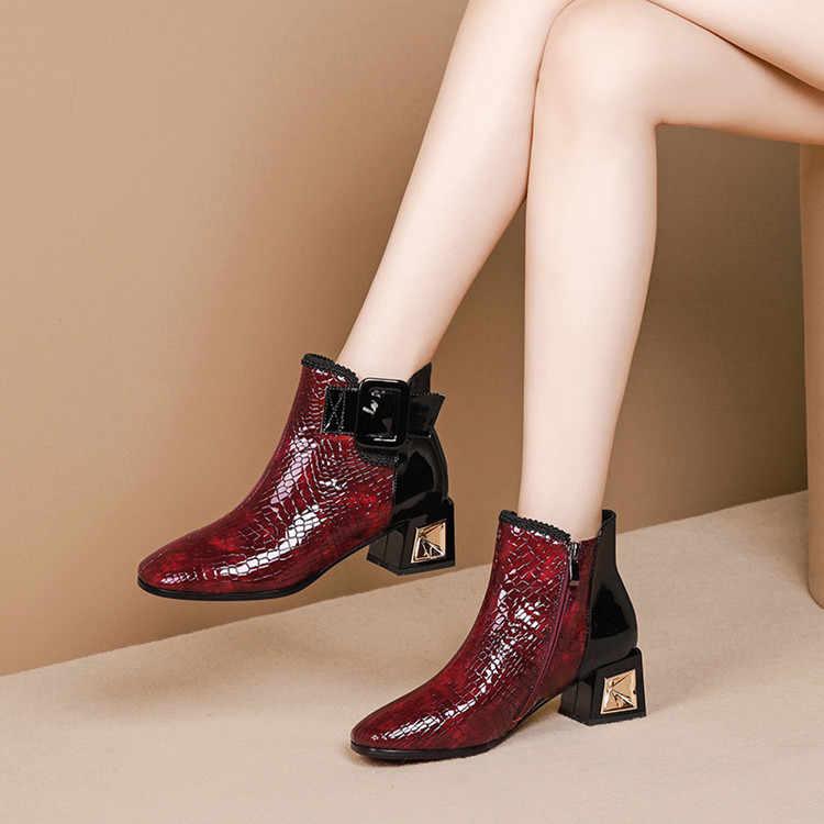 MLJUESE 2020 kadın yarım çizmeler inek deri kare ayak kış kısa peluş toka kayış kare topuk kadın çizmeler boyutu 34- 42