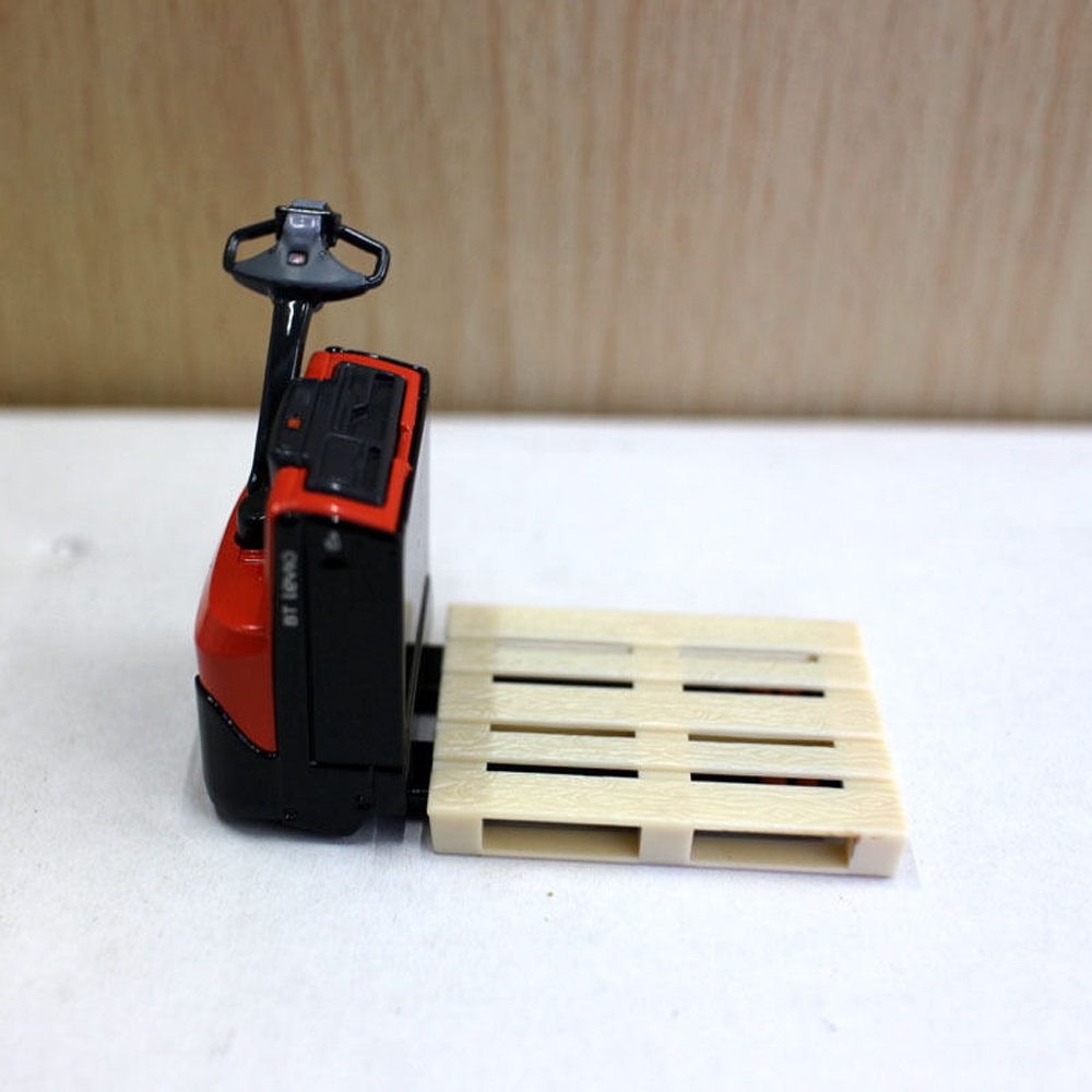 1:24 Diecast BT Levio Forklift Red Electric Pallet Truck Car Vehicles Model Collection