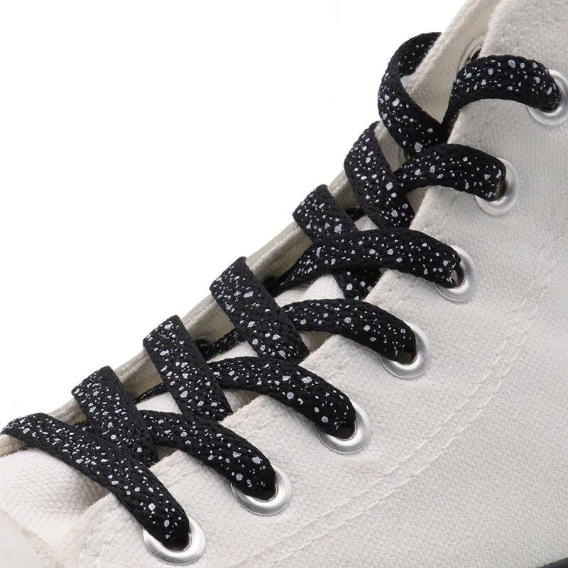 Purple polka dot shoelaces