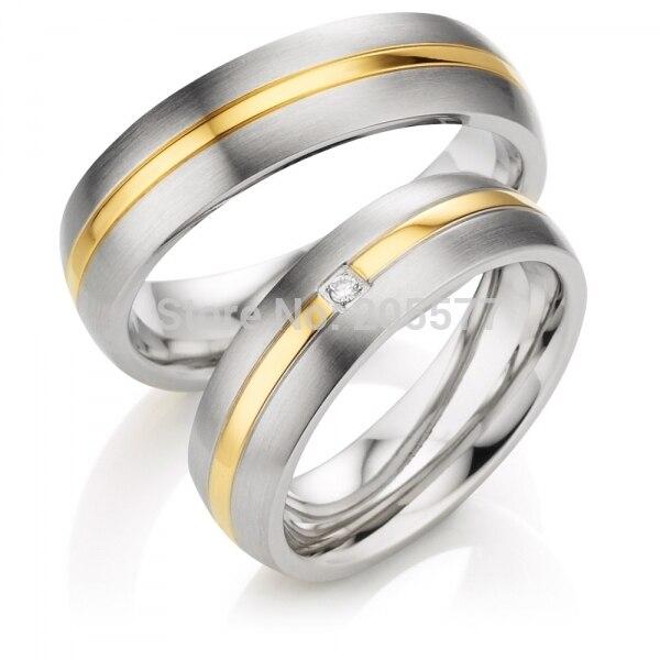 Élégant luxe handmande personnalisé plaqué or incrusté santé titane paire bandes de mariage Couples anneaux pour hommes et femmes