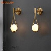 Nordic personalità creativa soggiorno lampada da parete in metallo di modo moderno e minimalista modello da comodino lampada da parete in vetro camera da letto
