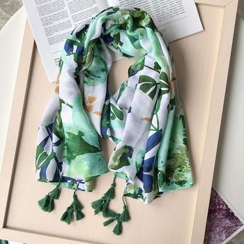 2020 Fashion Autumn Women Viscose Scarf Green Floral Tassel Beach Hijab Shawls and Wraps Female Foulards Echarpe Muslim Hijab 2020 hijab shawls and wraps summer cotton tassel scarf flower pattern sunscreen large shawl linen scarf beach towel echarpe