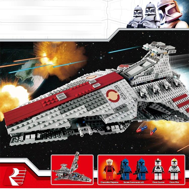 New 1218Pcs Star Series Wars Venator-class Republic Attack Cruiser Model Building Blocks Compatible  8039 Bricks Toys