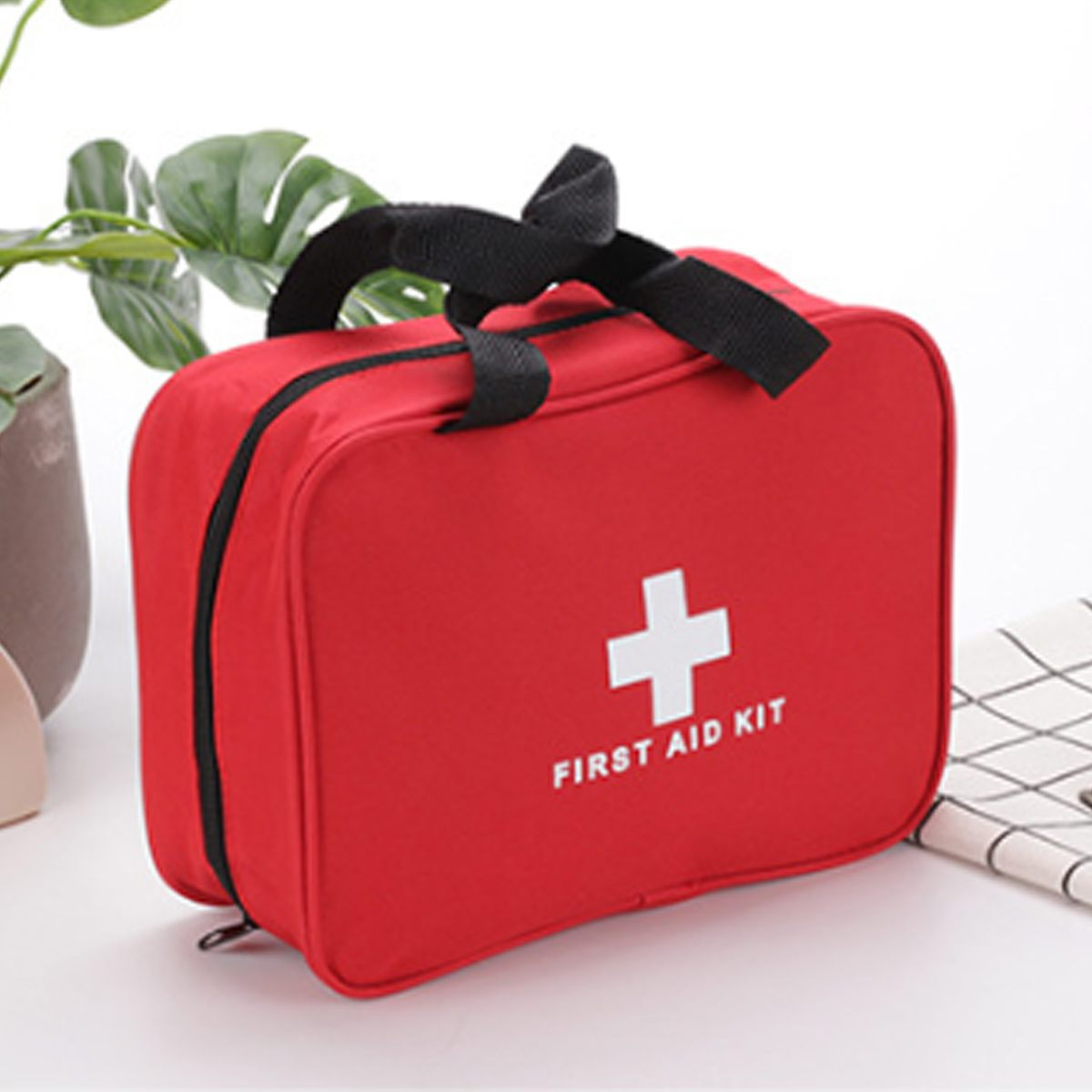Outdoor Camping Emergency Medical Bag First Aid Kit Pouch Rescue Kit Empty Bag For Househld Travel Survival Kit 9.6*7.31*3.0inch