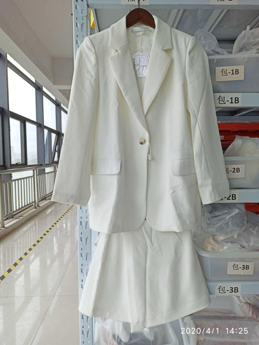 LANMREM 2020 autumn New Casual Fashion Women Loose Solid Color Single Button Suit Thin Coat Shorts Suit TC809 5